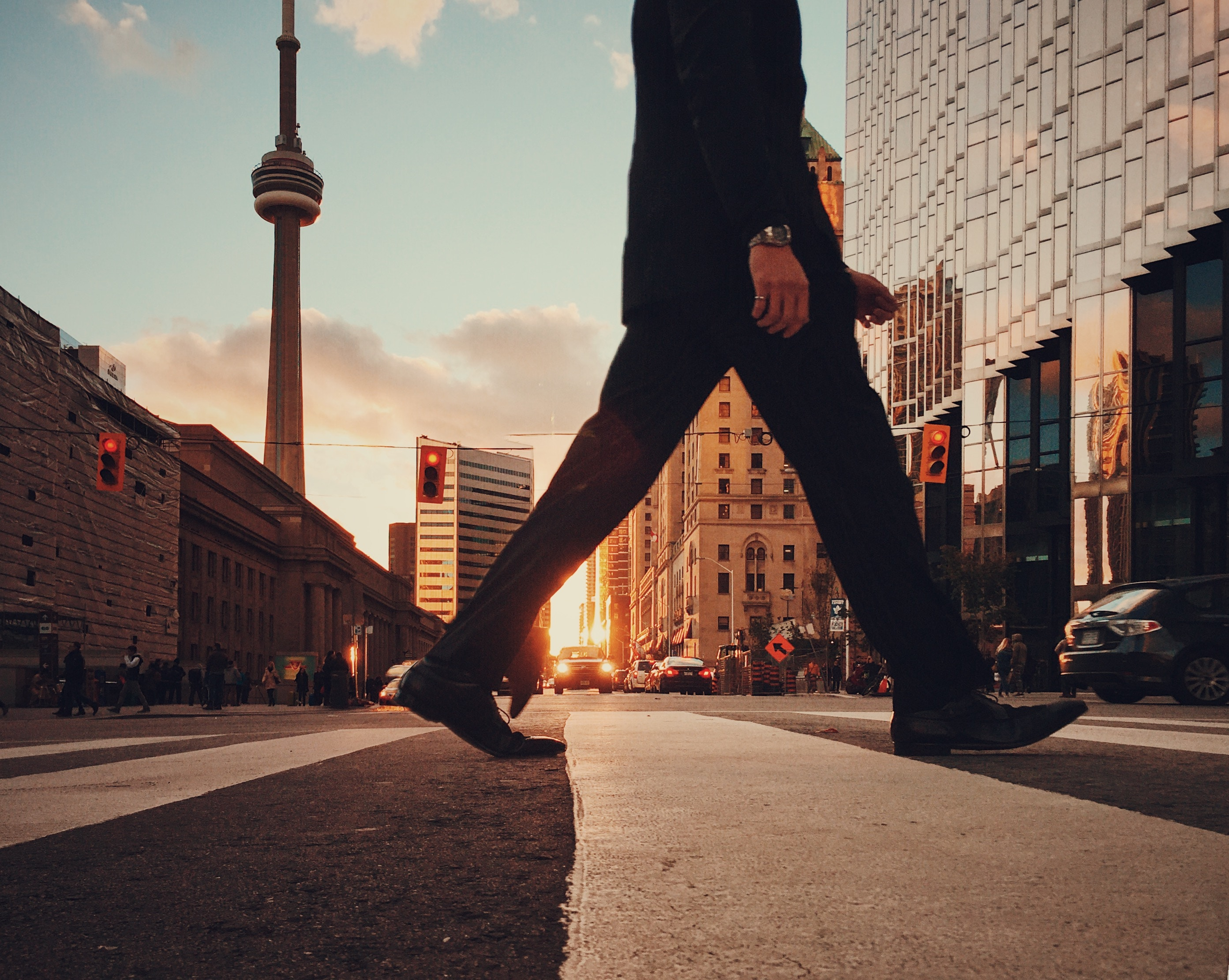 Best places to live in Toronto for singles, young